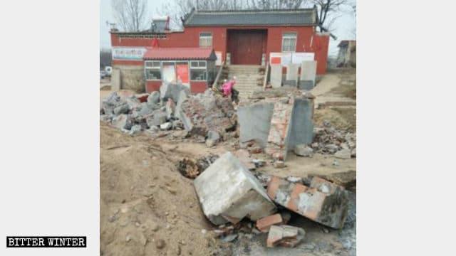 Le brûleur d'encens du temple de Beigongzhuang a été détruit