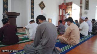 L'intérieur d'une mosquée dans la province du Hubei, Chine